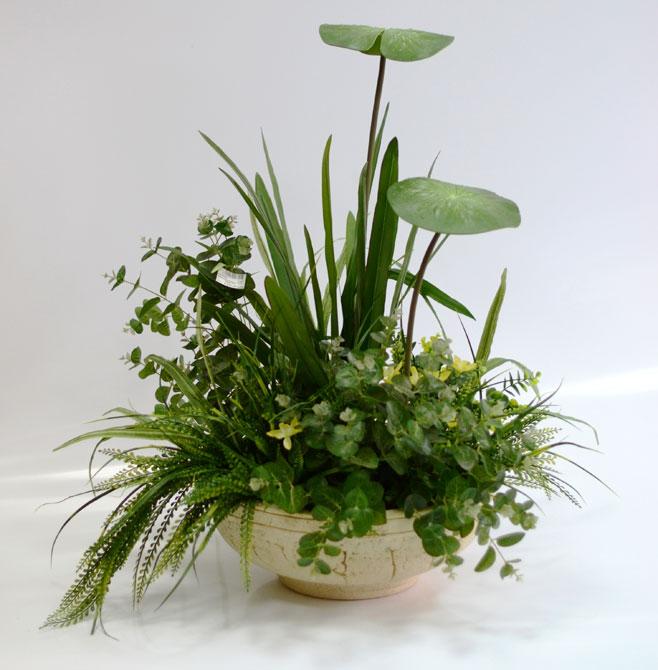 Напольная композиция из искусственных растений
