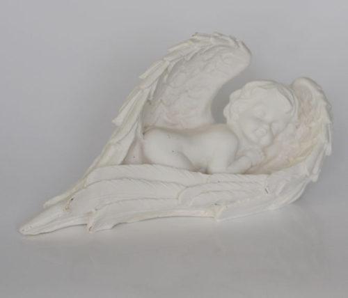 Фигурка спящий ангел