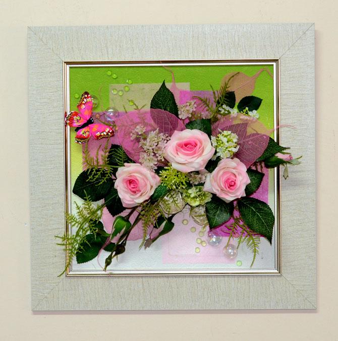 Настенное панно из искусственных цветов: http://flora74.ru/shop/nastennye-kompozicii/4040-sm/nastennaya-floristicheskaya-kompoziciya-4040-sm-2/