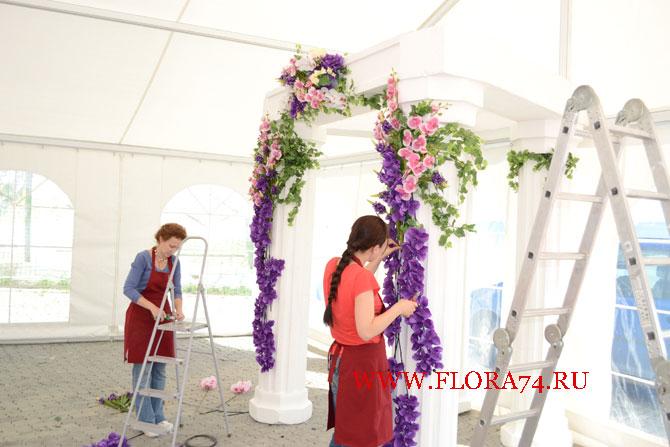 Работа флористов на объекте