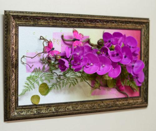 Панно из искусственных цветов