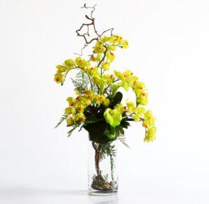 Интерьерная цветочная композиция