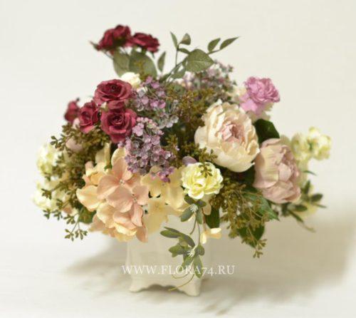 ВИНТАЖНЫЙ САД цветочная композиция в ажурной вазе.