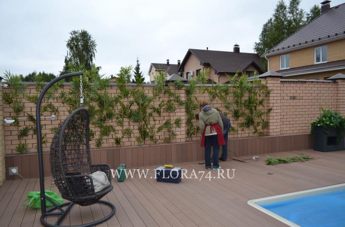 Декорирование частного двора.
