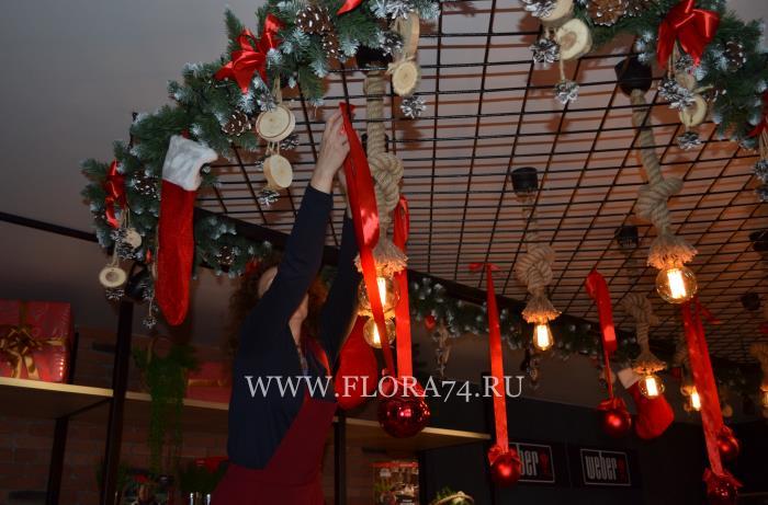 Новогодний декор от компании ФЛОРА-ДИЗАЙН.
