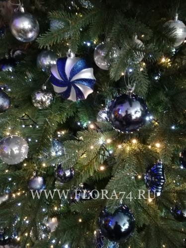 Новогодний декор елок.