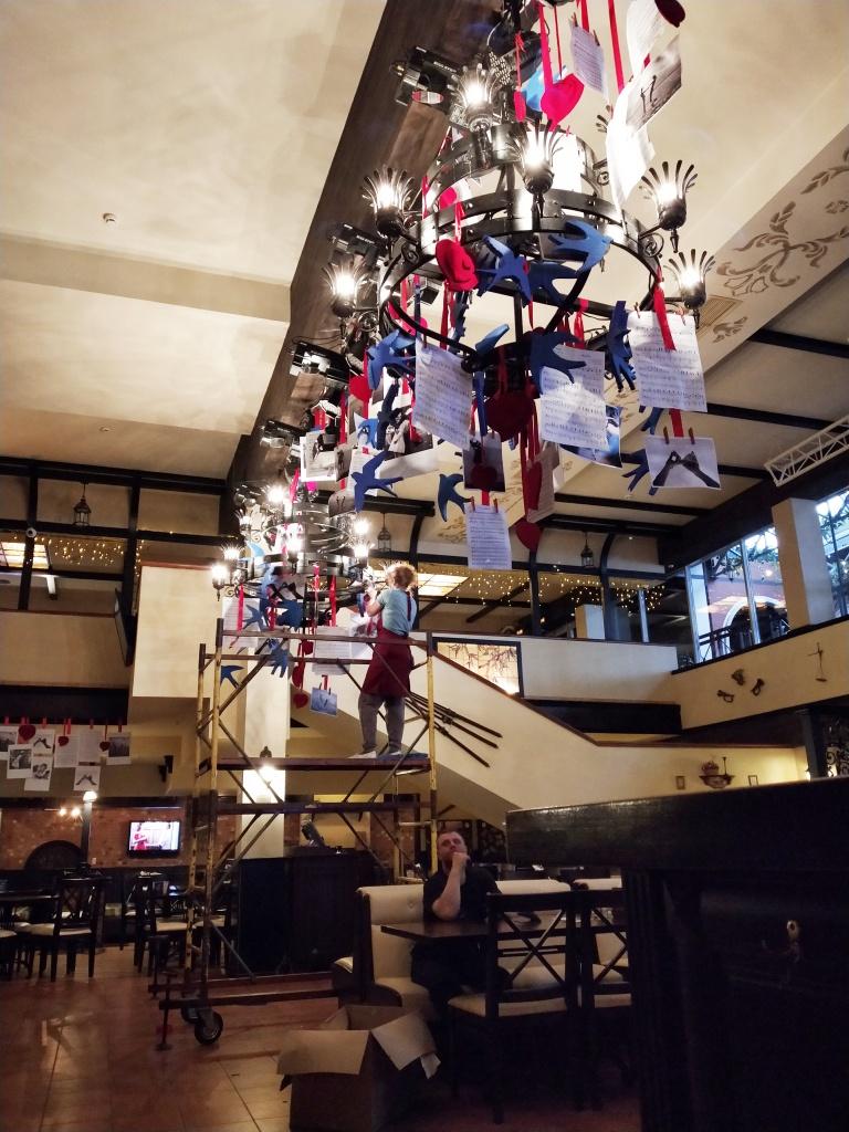Оформление к празднику в ресторане Брудершафт